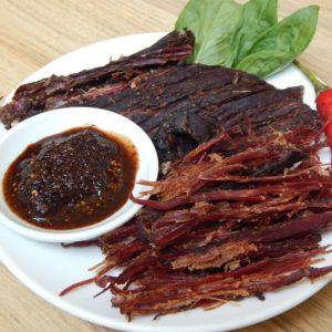 thịt trâu gác bếp Mường Lò - thương hiệu Yến Phương