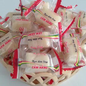 kẹo dừa sáp Cầu kè